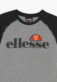 Ellesse - RIVALO - Print T-shirt - grey - 2