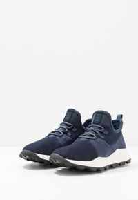 Timberland - BROOKLYN - Trainers - navy - 2