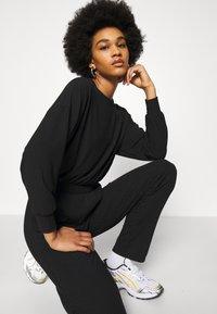 New Look - ELASTIC HEM SET - Sweatshirt - black - 6