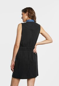 Desigual - SIDNEY - Denim dress - black - 2