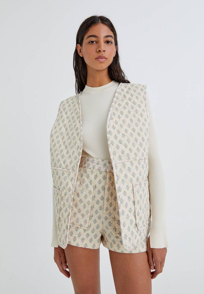 PULL&BEAR - Waistcoat - mottled beige