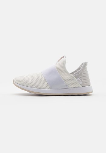 EVER ROAD DMX SLIP ON 4 - Walking trainers - white/stucco