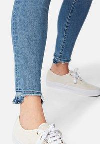 Mavi - ADRIANA - Jeans Skinny Fit - blue - 4