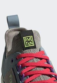 adidas Performance - FIVE TENNIE SHOES - Hiking shoes - brown/grey/purple - 7