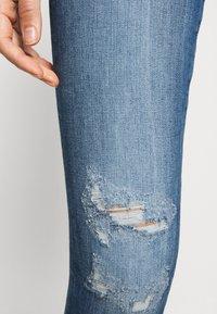 ONLY - ONLCARMEN RAW - Jeans Skinny Fit - medium blue denim - 3