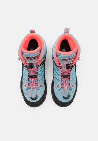 CMP - KIDS RIGEL MID TREKKING SHOE WP UNISEX - Hiking shoes - clorophilla/red fluo - 3