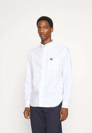 REG OXFORD - Skjorta - white