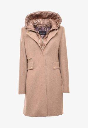 Winter coat -  kitt