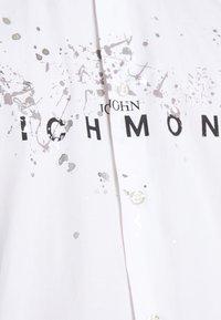 John Richmond - SHIRT TOLGAX - Shirt - white - 6