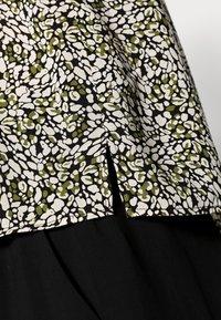 Opus - FANNIE ABSTRACT - Print T-shirt - black - 4