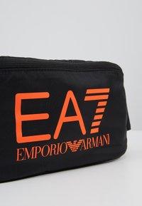 EA7 Emporio Armani - Sac banane - black / neon / orange - 6