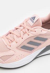 adidas Performance - RESPONSE RUN - Neutrální běžecké boty - vapour pink/iron metallic/core black - 5