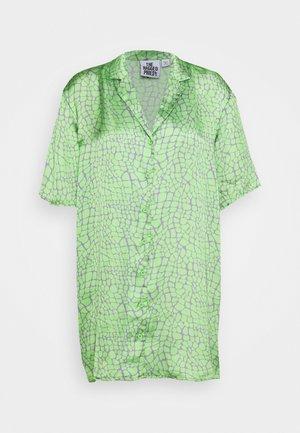 PRODUCER SHIRT DRESS - Day dress - lime/purple