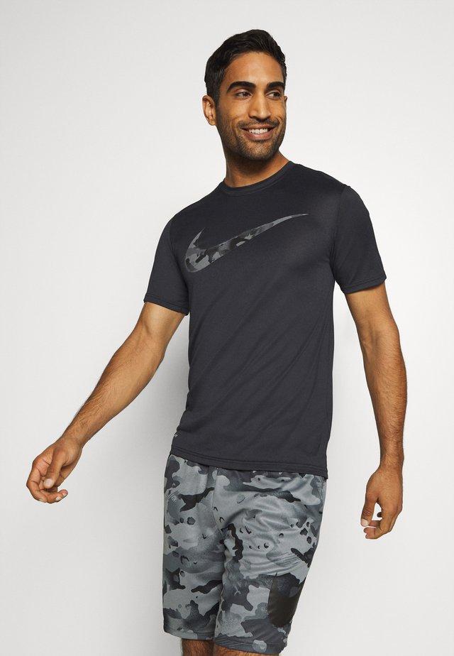 DRY TEE CAMO - Print T-shirt - black