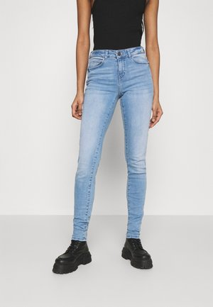 NMLUCY - Jeans Skinny Fit - light blue denim