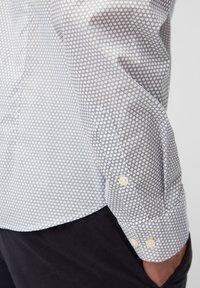 Marc O'Polo - Shirt - multi/ white - 4