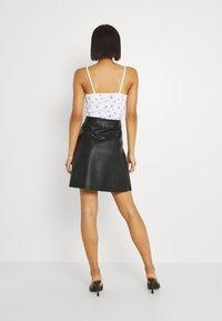 YAS - YASBINNA SKIRT - Leather skirt - black - 2