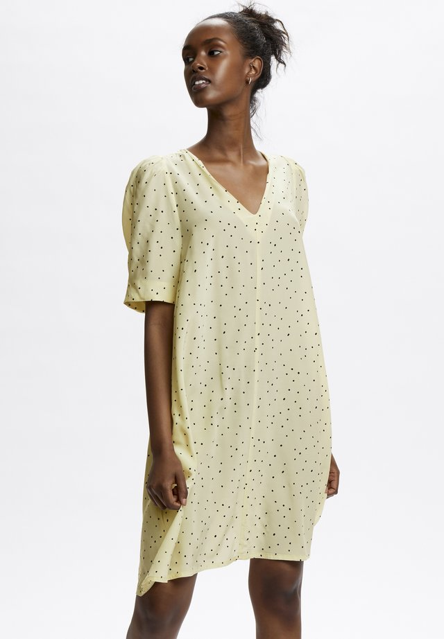Korte jurk - afterglow dot print