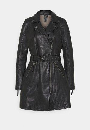DENNA - Krátký kabát - black