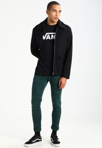 Vans - CLASSIC FIT - Long sleeved top - black/white - 1