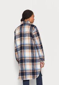 TOM TAILOR DENIM - LONG CHECK OVERSHIRT - Classic coat - cosy blue - 2