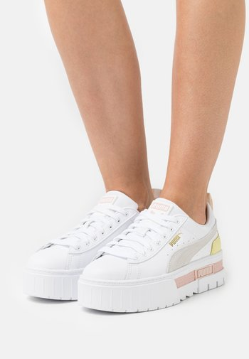 MAYZE - Sneakers basse - white/lotus
