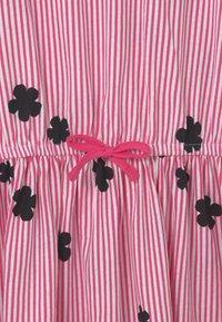 OVS - STRIPES - Žerzejové šaty - fandango pink - 2