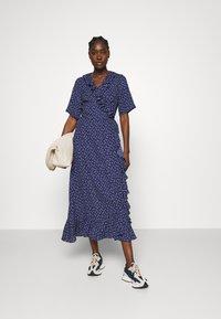 JUST FEMALE - DAISY MAXI WRAP DRESS - Maxi dress - patriot blue - 1
