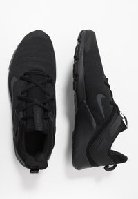 Nike Performance - LEGEND ESSENTIAL - Obuwie treningowe - black/white - 1
