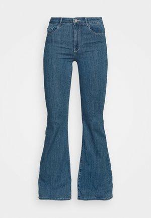 ONLHELLA LIFE RETRO - Flared Jeans - medium blue denim