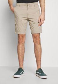 Levi's® - XX CHINO TAPER SHORT II - Shorts - microsand - 0