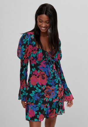MIT VOLANTS  - Day dress - black