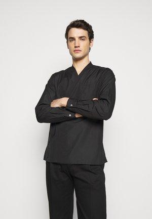 KIMONO STYLE TRAPUNTO STITCH - Shirt - black