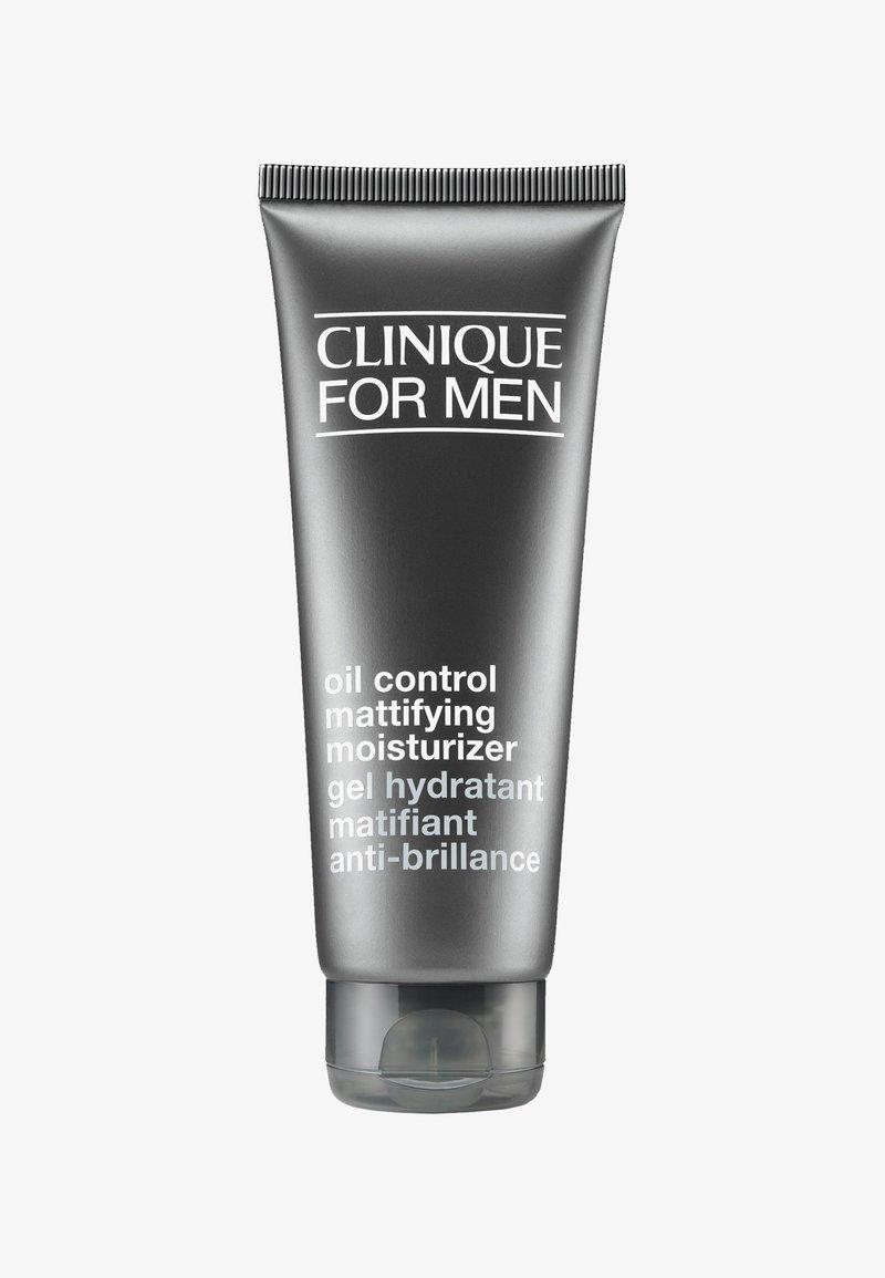 Clinique for Men - OIL CONTROL MATTIFYING MOISTURIZER 100ML - Face cream - -