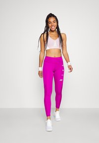 Nike Performance - RUN EPIC FAST - Leggings - red plum/reflective silve - 1