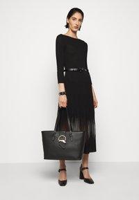 Patrizia Pepe - DRESS SEE THROUGH - Jumper dress - nero - 1