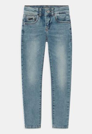 RAVI - Slim fit jeans - reeta wash