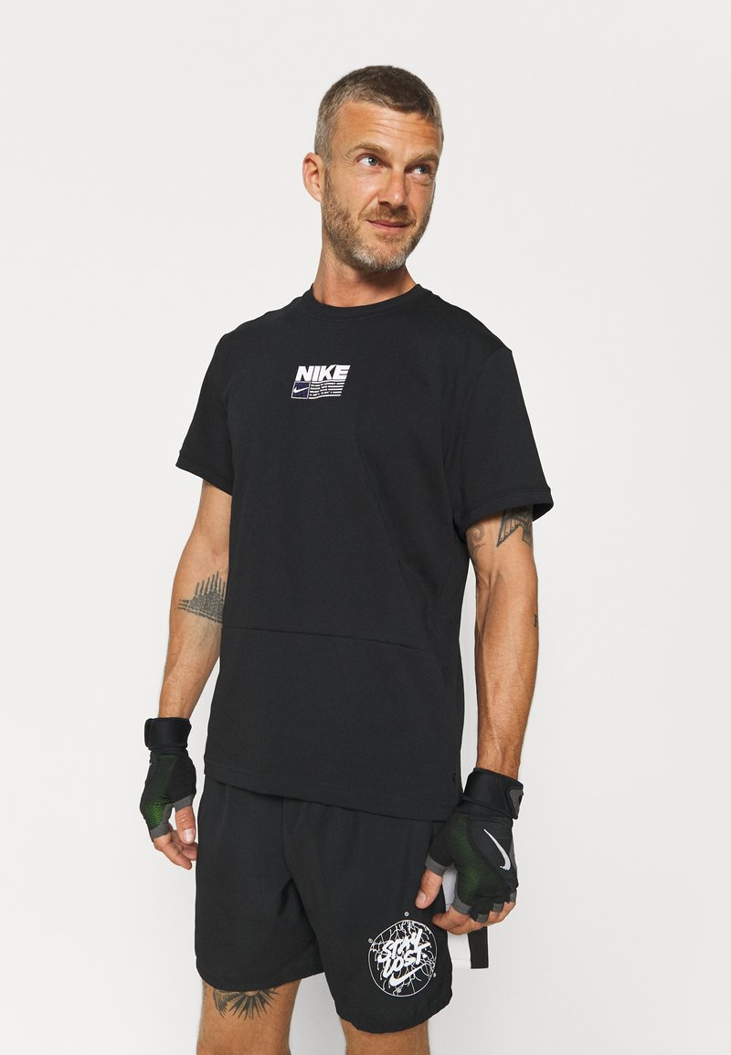 Nike Performance - DRY PACK - T-shirt con stampa - black