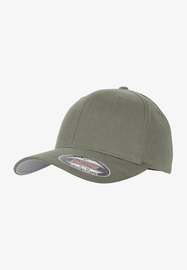 Caps - pine