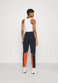 Ellesse - RACE TRACK PANT - Pantalones deportivos - green - 2