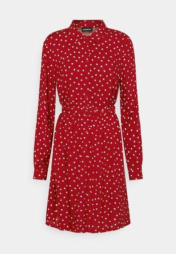 Vestido camisero - red/white