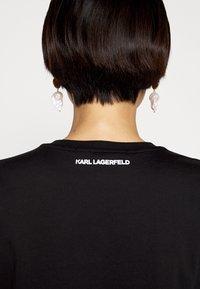 KARL LAGERFELD - IKONIK CHOUPETTE - T-shirt imprimé - black - 4
