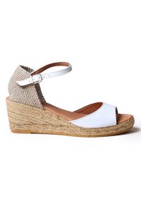 Toni Pons - LLIVIA-P - Platform heels - white - 2