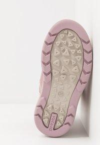 Viking - HASLUM GTX - Zimní obuv - dusty pink - 5