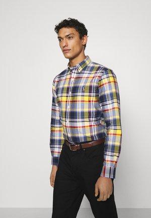 SLIM FIT PLAID OXFORD SHIRT - Shirt - yellow/blue multi