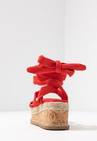 Public Desire - FRESCA - Sandály na platformě - red - 5