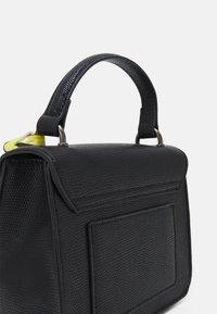 ALDO - BUGSY - Handbag - jet black/gunmetal - 3