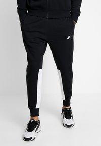 Nike Sportswear - SUIT SET - Tracksuit - black/white - 3