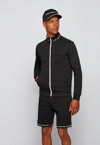BOSS - Sweatshirt - black - 0