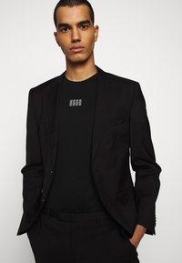 HUGO - DURNED - Print T-shirt - black - 3